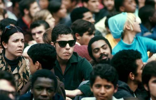 Chico Buarque e Gilberto Gil na manifestação, por David Drew Zing