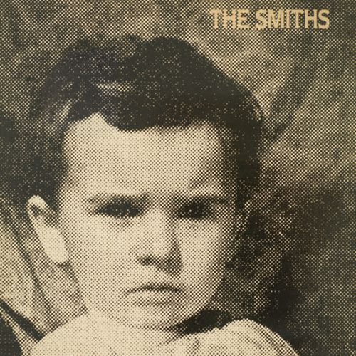 The-Smiths-That-Joke-Isnt-Funny-Anymore-Digital-45.redimensionado